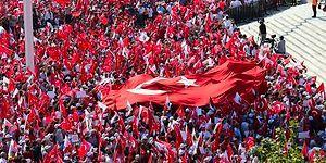 AKP'nin de Yer Aldığı CHP Taksim Demokrasi Mitinginden Birlik ve Beraberlik Manzaraları