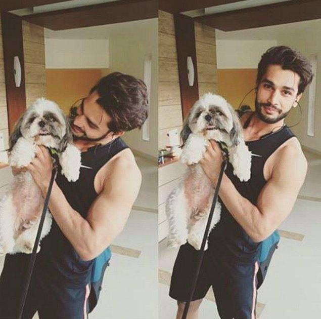 Öncelikle Rohit, hayvanları çok seviyor!