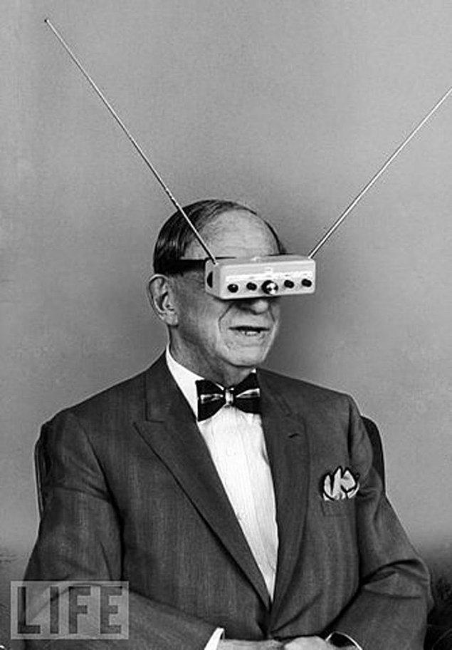"""25. Bir mucidin """"Televizyon Gözlük"""" ismini verdiği icat, 1963."""