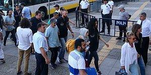 Nazlı Ilıcak ve Bülent Mumay Dahil 21 Gazeteci Adliyeye Sevk Edildi
