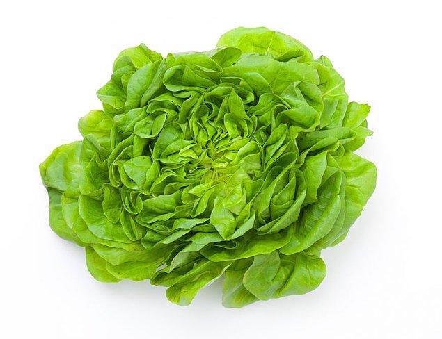 3. Salata... Özellikle yaz günlerinde olmasa ne yapardık?