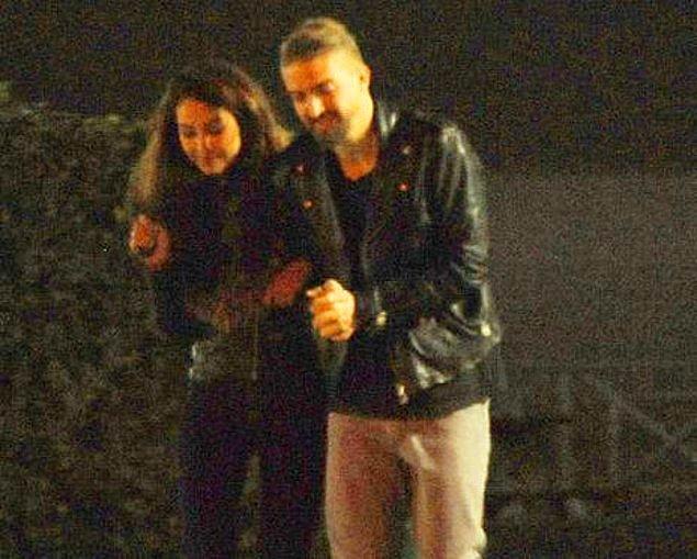 Erkin, boşandıktan sonra Antalya'da Dilan Sunar ile görüntülenmişti.