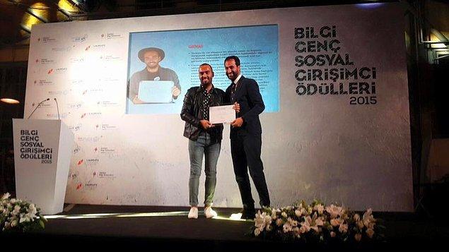 """9. 2015 senesinde İstanbul Bilgi Üniversitesi tarafından gerçekleştirilen """"Yılın En İyi Sosyal Girişimi Programı""""nda """"Yılın En İyi Sosyal Girişimi"""" ödülünü alması."""
