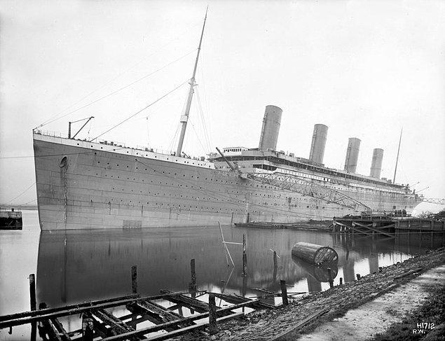 Her Şey Titanik'e Karşıydı