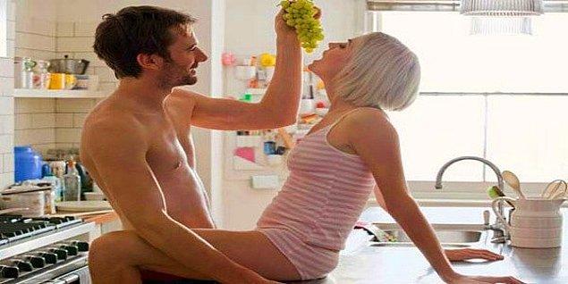 18. Bilinçaltına Göre Yemeği mi Tercih Ediyorsun Yoksa Seksi mi?