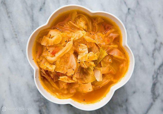 10. Zayıflatan lahana çorbası da var!