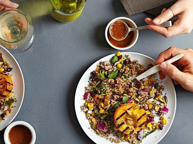 4. Chia tohumlu salata