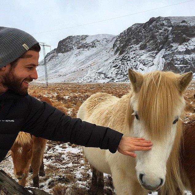 Tüm canlıları çok seven Orçun için atların yeri apayrı!
