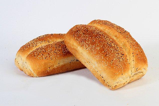 9. Bir yerine iki ekmeği bir arada yeme şansı veren ekmek de burada!