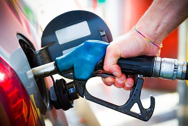 2. Peki ya benzin kokusu? Herhangi bir benzinlikçiye gittiğinde bu koku hakkında ne düşünüyorsun?
