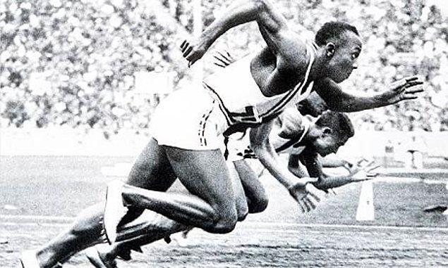 12. Jesse Owens'ın Tüm Dünyaya Unutmayacağı Bir Ders Vermesi