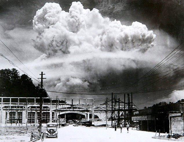 Meşhur Godzilla, Japonlar tarafından saldırıya tepki amaçlı olarak yaratılmıştı.