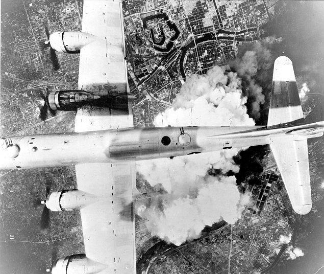 Saldırı gününde Japon radarları birkaç ABD uçağının yaklaşmakta olduğunu tespit etmişti.