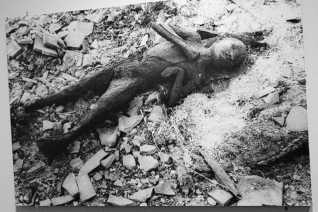 2. Sadece Hiroşima'ya atılan bomba sonucunda yaklaşık 140 bin insan hayatını kaybetti.