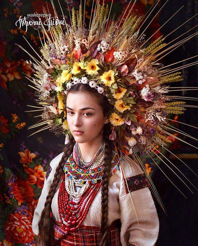 1. Slav atölyesinin ellerinden çıkan yeni çalışma, tamamen geleneklerin günümüze taşınmasını hedef alıyor.
