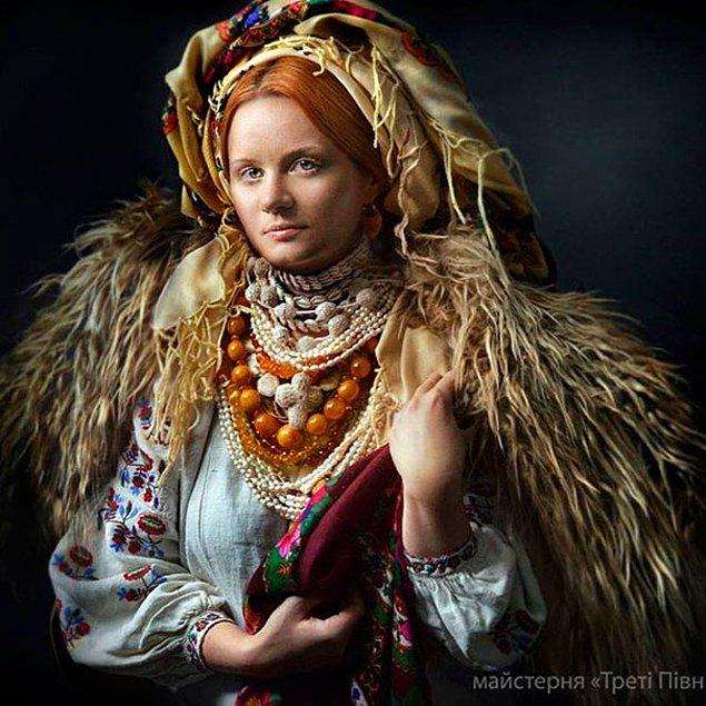 21. Hristiyanlık öncesi dönemlerde ise, masum genç kızları kötü ruhlardan koruduğu düşünülüyordu.