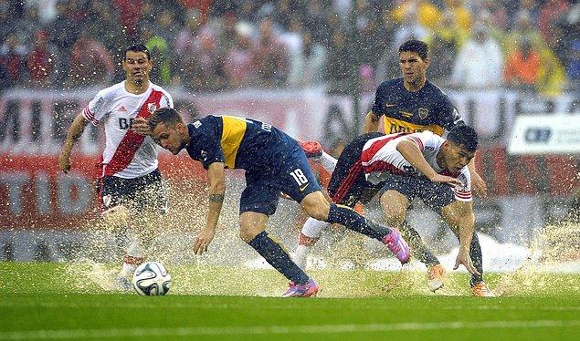 14. Arjantin deyince Boca Juniors & River Plate çekişmesinden bahsetmemek olmaz.