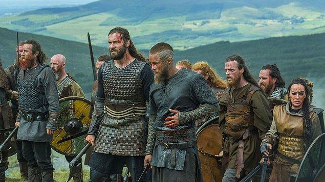 3. Vikingler, yaralanan askerlerinin durumunu anlamak için onlara sert bir soğan çorbası içirirlerdi.