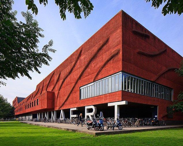 15. Minnaert, Hollanda