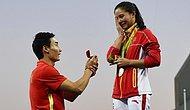 Rio'da Güzel Şeyler Olmaya Devam Ediyor: Çinli Sporcu Madalya Töreninde Evlenme Teklifi Aldı