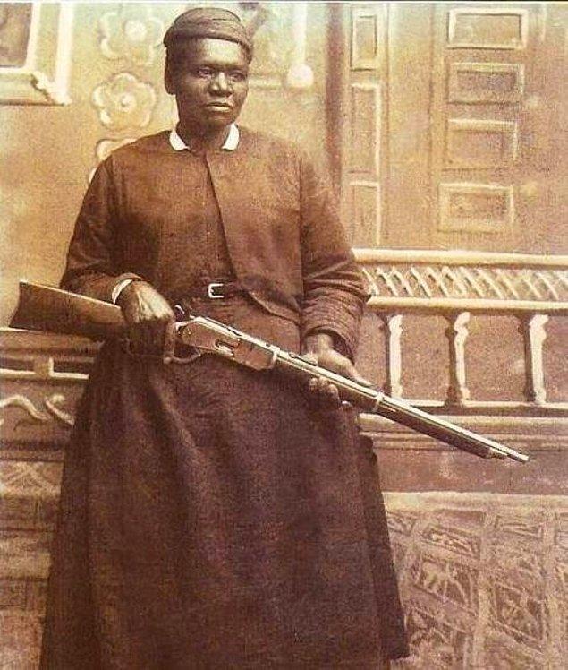6. Zamanın en riskli işlerden biri olan posta taşımacılığında istihdam edilen İlk Afro-Amerikalı kadın Mary Fields, 1895.