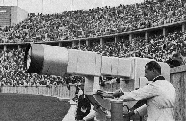8. Berlin Olimpiyatları'ndan bir TV kamerası, 1936.