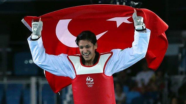 Milli tekvandocu Nur Tatar bronz madalya kazandı