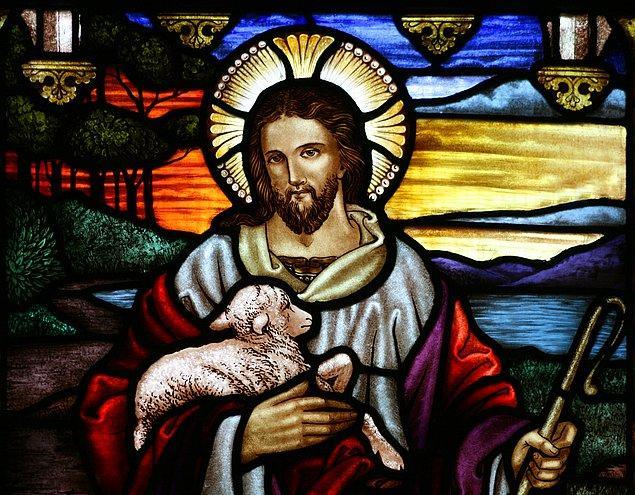 8. Hristiyanlık, Museviliğin ayrı bir kolu olarak 1. yüzyılın ortalarında belirmeye başlamıştır ve kısa sürede tüm Asya'ya, Mezopotamya'ya ve Avrupa'ya yayılarak 4. yüzyılda Roma İmparatorluğu'nun resmi dini olmuştur.