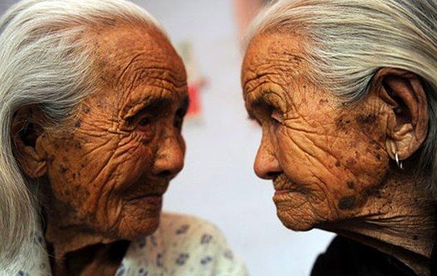 18. Japonya'da, 100 yaşın üstünde 50,000 insan yaşamaktadır.