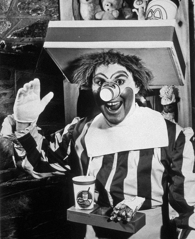 11. Orijinal McDonalds palyaçosu Ronald McDonald, 1963.