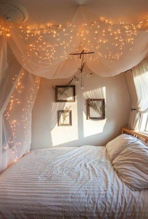odas nda b y leyici kozmik bir atmosfer yaratmak steyenler in 23 basit ve ahane neri. Black Bedroom Furniture Sets. Home Design Ideas