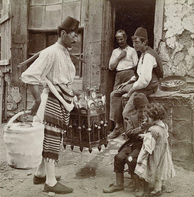 20. Dondurma satıcısı, İstanbul, 1898.