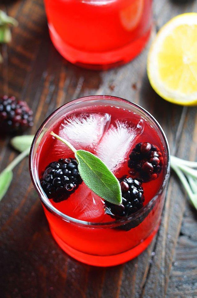12. Mis kokulu adaçayını kaynatıp içmenin yeni hali!