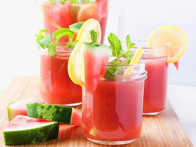 13. Koca koca karpuzları bitiremeyenler limonata yapabilir!