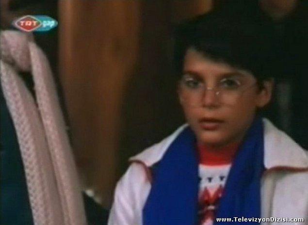 16. Mehmet Günsür / Geçmiş Bahar Mimozaları (Dizi 1989)