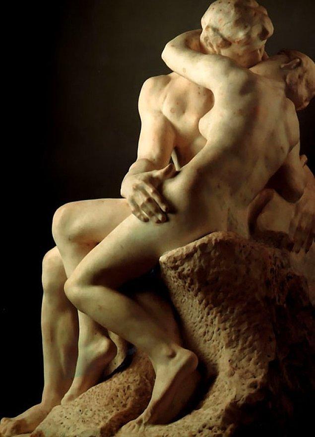 "1. Öpücüksüz öpücük: ""Öpücük'', (1882) Auguste Rodin"