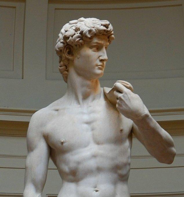 "5. Bozuk mermerden yapılan mükemmel heykel: ""Davut"", (1501-1504) Michelangelo"