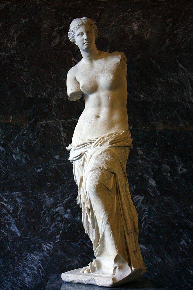 """9. """"Venüs de Milo"""", (M.Ö. 130-100) Antakyalı Alexandros"""