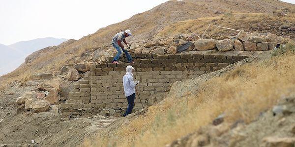 Urartular'a Ait 'Mühendislik Harikası' Kanalizasyon Sistemi Gün Yüzüne Çıkarıldı