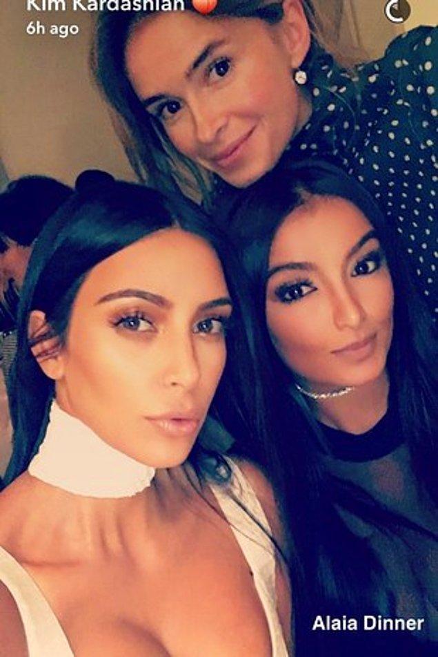 Kardashian pazar gününden beri sosyal medyada paylaşımlarda bulunuyordu.