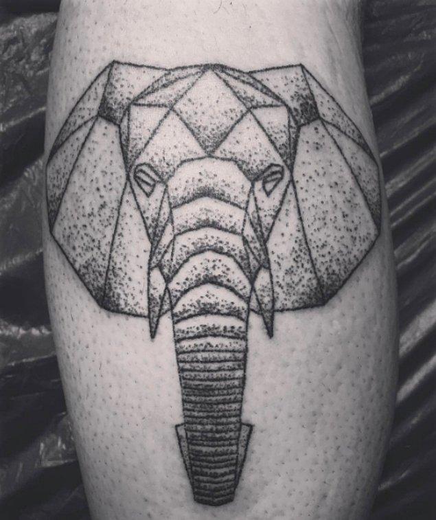 13.Keskin çizgiler kullanılan bu fil