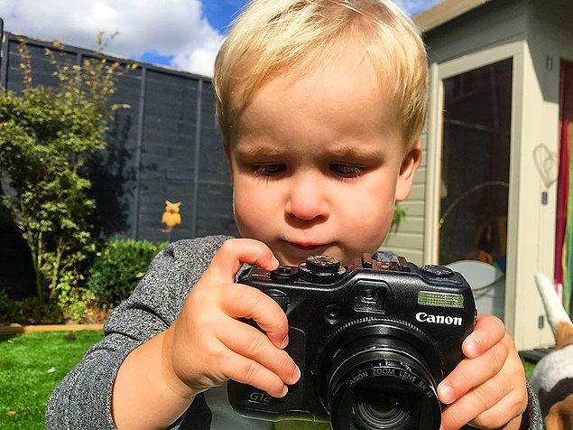 Fotoğraf çekmek çok sardığı için ailesi kendisine ait bir instagram sayfası da açmış