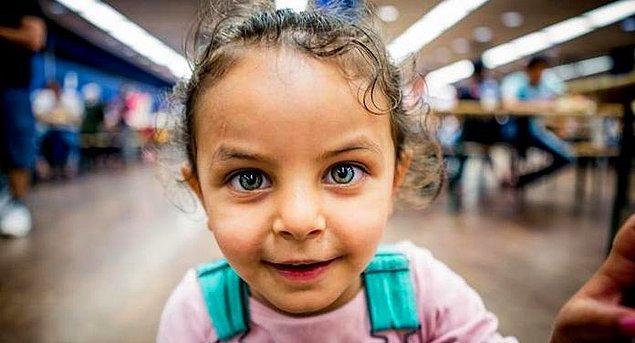 Sıkça karşılaşılan bir durum, yetişkinlerin yerine getirmesi gereken görevlerin de kız çocuklarına yüklenmesi.