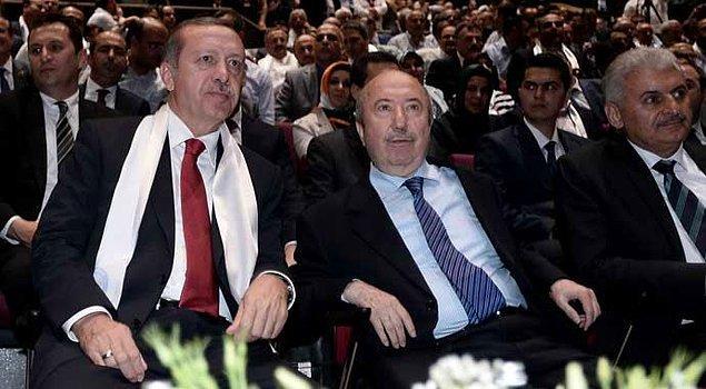 2002 yılında TBMM'ye girdikten sonra Erdoğan'ın inisiyatifiyle Abdullah Gül başbakanlığındaki 58. hükümette Maliye Bakanlığı'na getirildi.
