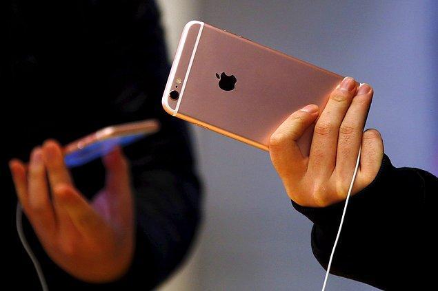 iPhone 7 modellerinde bin 162 liraya kadar çıkan Türkiye'deki bu yasal ücretler, iPhone Plus modellerinde ise bin 311 lirayı buluyor.