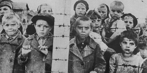 Savaşı Tüm Gerçekliğiyle Ortaya Koyan En Çarpıcı 18 Fotoğraf ve Hikayesi