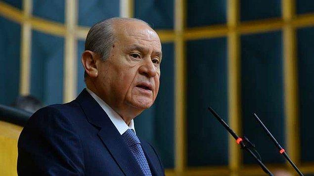 Bahçeli'nin grup toplantısında dile getirdiği öneri ve hemen ardından Başbakan Yıldırım'ın açıklaması ile birlikte başkanlık sistemi yeniden Türkiye'nin birinci gündem maddesi oldu...