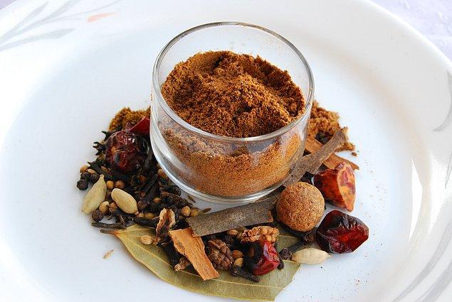 2. Garam Masala (Hindistan) en süprizli baharatlardan bir tanesi!