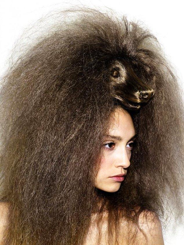 17. Yılan saçlı Medusa'dan köpek saçlı Melisa'ya...