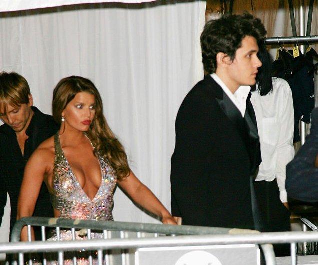 17. Bu sırada Jessica Simpson ve John Mayer ise yılın en şaşkın çifti olarak anıldılar.